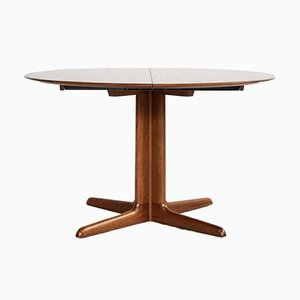 Mid-Century Danish Round Dining Table in Teak with 2 Extensions from Dyrlund
