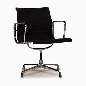 Schwarzer EA 108 Stuhl aus Stoff von Vitra