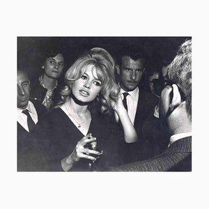 Unbekannt, Portrait von Brigitte Bardot, Vintage Fotografie, 1960er