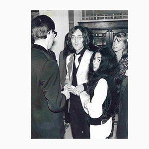 Unbekannt, John Lennon und Yoko Ono 1968, Vintage Fotografie