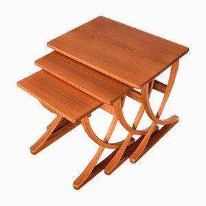 Tavolini ad incastro in teak, anni '60, set di 3