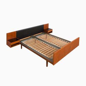 Queen Bed in Teak with Floating Night Tables by Hans J Wegner for Getama, Denmark, 1960s
