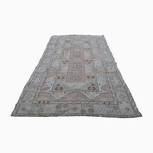 Early 20th Century Turkish Hand-Knotted Wool Oushak Rug
