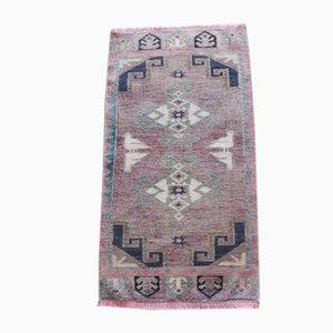 Kleiner Vintage Oushak Teppich, 1960er