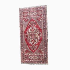 Kleiner türkischer handgeknüpfter Eingangsteppich oder Passepartout