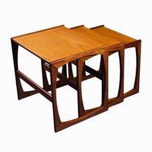 Tavolini ad incastro Quadrille vintage in teak di G-Plan, anni '60, set di 3