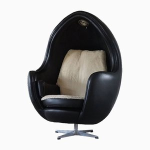 European Space Age Egg Chair in Leather and Lambswool, 1980s