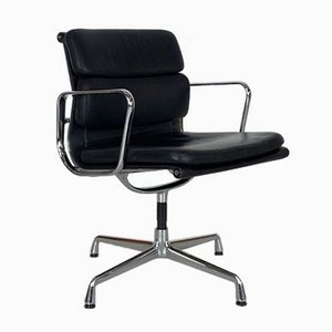 Sedia Pad Group in pelle nera di Herman Miller per Vitra