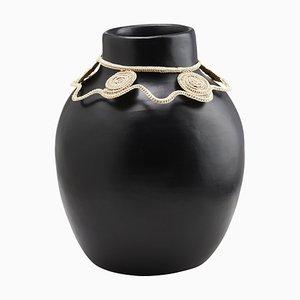 Vase 2 Coyar von Cristina Celestino