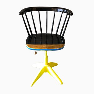 Contemporized Neon is the Night Chair by Atelier Staab / Tapiovaara