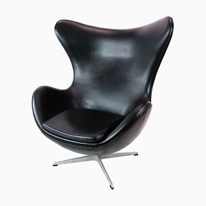Modell 3316 The Egg Chair von Arne Jacobsen und Fritz Hansen, 2001