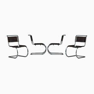 Sedia cantilever Bauhaus MR10 di Thonet
