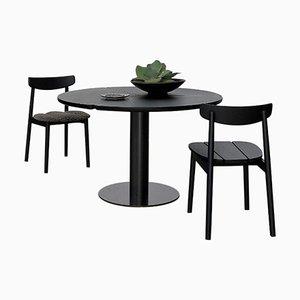 Großer schwarzer Klee Tisch aus Eschenholz von Sebastian Herkner