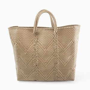Oaxaca Plastic Woven Handtasche in Hellbraun