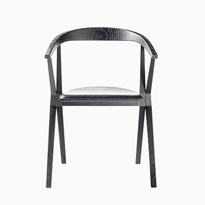 Sedia B in frassino nero di Konstantin Grcic per BD Barcelona