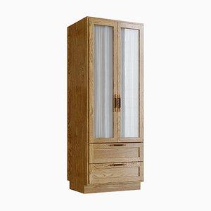 Armadio in legno di quercia naturale, ottone e pelle di Lind + Almond per Jönsson Inventar