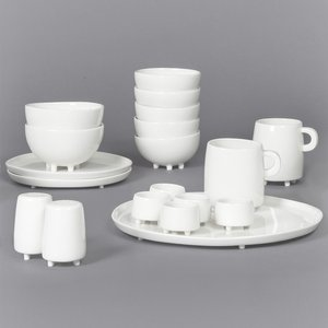 Haphazard Harmony Breakfast Set by Maarten Baas