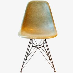Grüner Fiberglas Stuhl von Charles & Ray Eames