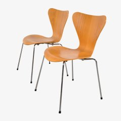 Beech Dining Chairs by Arne Jacobsen for Fritz Hansen, Set of 2