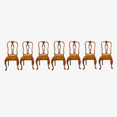 Chaises de Salon en Noyer par Chippendale, Set de 7