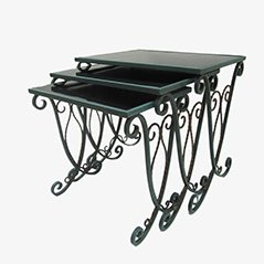 Ein 3er Set Französischer geschmiedeter Eisentische Tische mit geschmiedeten Verzierungen