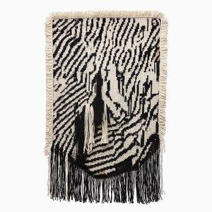 Arazzo Under the Carpet di Mariana Fernandes per Fabrica