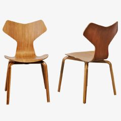 Grand Prix Chairs by Arne Jacobsen for Fritz Hansen, 1957, Set of 2