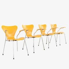 Series 7 Armchairs by Arne Jacobsen for Fritz Hansen, 1973, Set of 4