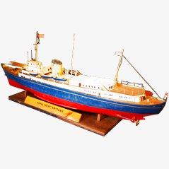Maquette de Bateau Royal Yacht Britannia Vintage