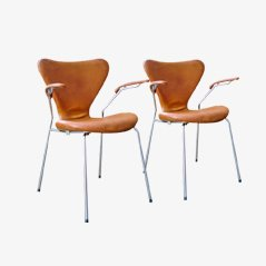 Series 7 Armchairs by Arne Jacobsen for Fritz Hansen, 1967, Set of 2
