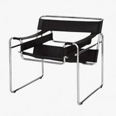Wassily Armlehnstuhl aus Schwarzem Leder von Marcel Breuer