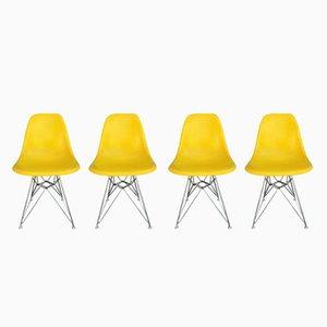 Gelbe Vintage Glasfaser Stühle von Charles & Ray Eames für Herman Miller, 4er Set
