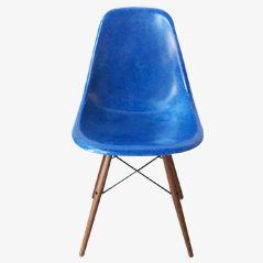 Blauer DSW Stuhl von Charles & Ray Eames für Herman Miller, 1971