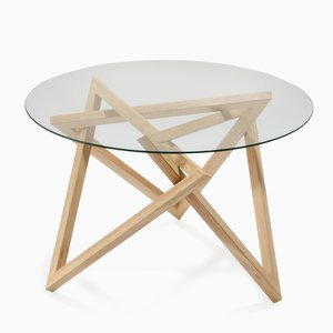 Tangle Table par Liam Mugavin