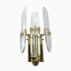Aplique de latón y vidrio óptico de Gaetano Sciolari, años 60