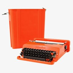 Red Valentine Portable Typewriter by Ettsore Sottsass and P. King for Olivetti, 1970s