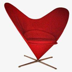 Sedia conica a forma di cuore di Verner Panton per Vitra