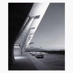 Eero Saarinen, Dulles International Airport, Chantilly, Virginia by Balthazar Korab