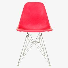 Pinker Stuhl von Ray & Charles Eames für Herman Miller