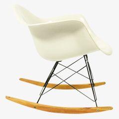 Glasfaser Schaukelstuhl von Ray & Charles Eames für Herman Miller