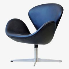 Swan Chair by Arne Jacobsen for Fritz Hansen, 1965