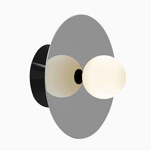 Asymmetrische Disc and Sphere Wand- oder Deckenlampe von Atelier Areti