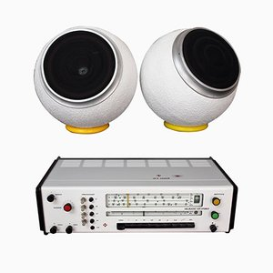 Altavoces RK5 Radio con Sensit K20 de Karl Clauss Dietel & Lutz Rudolph para HELI