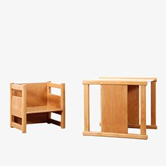 Juego de mesa y sillas infantiles reversibles escandinavas de Magnus L. Stephensen & Kay Bojesen