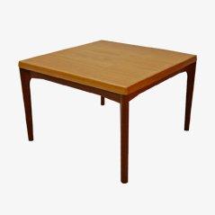 Tavolino da caffè Mid-Century di Henning Kjærnulf, Danimarca, anni '60