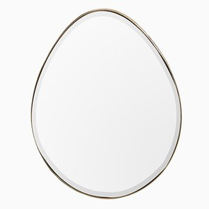 Espejo The Egg de Lind + Almond para NOVOCASTRIAN
