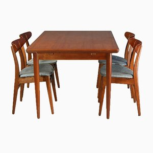 Customizable CH 30 Dining Chairs by Hans J. Wegner for Carl Hansen & Søn with Dining Table, 1950s