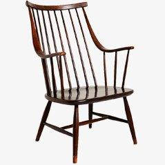 Chair by Ilmari Tapiovaara