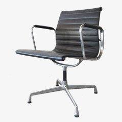Schreibtischstuhl von Charles Eames für Vitra, 1980