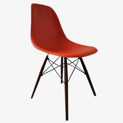 Oranger Vintage DSW Stuhl von Charles & Ray Eames für Vitra